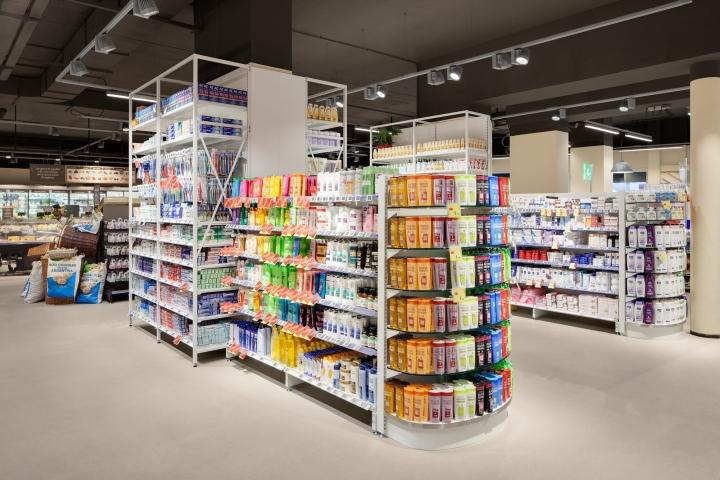 Carrefour-Gourmet-Market-by-Interstore-Design-and-Schweitzerproject-Milan-Italy-06